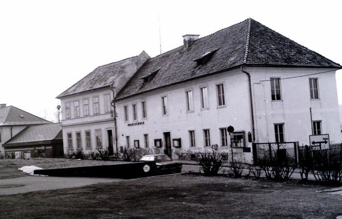 Stieglerhaus Archiv Volksschule alt 1983